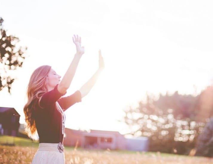 Desea a otras personas la felicidad